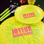 mini3-joyeux-anniversaire-fete-rire-amusement-set-de-table-impression-couleur-jetable-decoration-carton-rond-promotion-qualite-theme-5.jpg