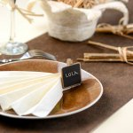 mini3-ardoise-carree-menu-table-marque-place-couleur-or-argent-decoration-classe-6.jpg